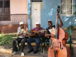 cuban music, havana music, havana jazz festival, jazz, jazz festival, havana jazz fest, cuba jazz festival, music festival, cuban musician, guitar, bass, violin, instruments, musical instruments, playing, playing music