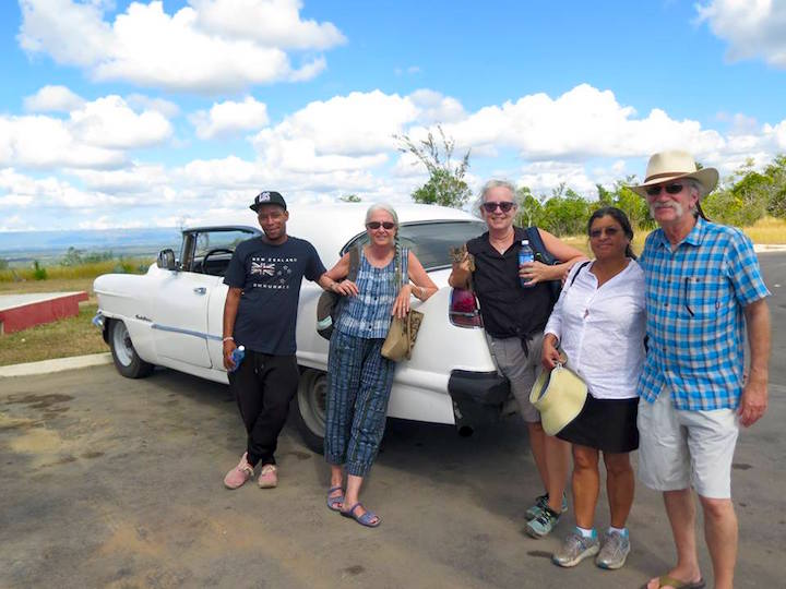 tour group, tour, tourist, tourists, tours, cuban tour, cuban touring, touring Cuba, outside Havana, cuban countryside, cuban hike, hike, hiking, hiking trail, hiking cuban trail,